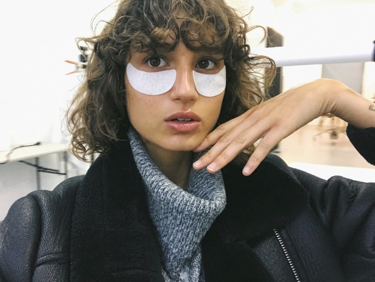 The Stylist Behind Roberta Pecoraro's Model Curls